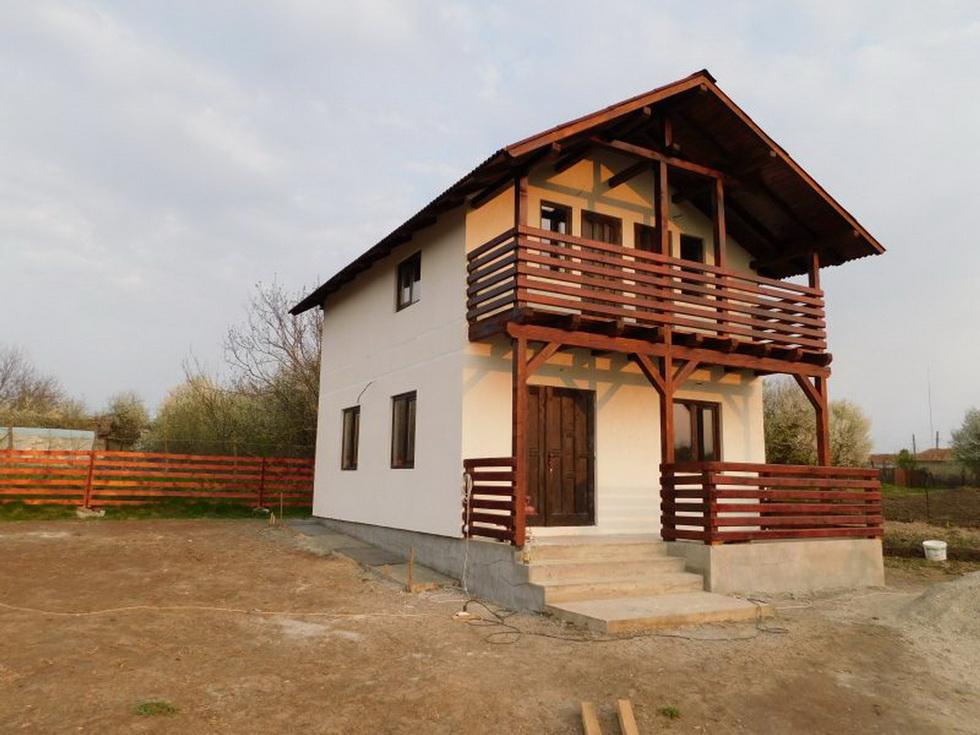 firma constructii case din lemn