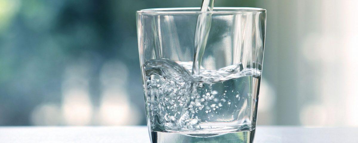 Alimentarea cu apă potabilă a caselor din lemn