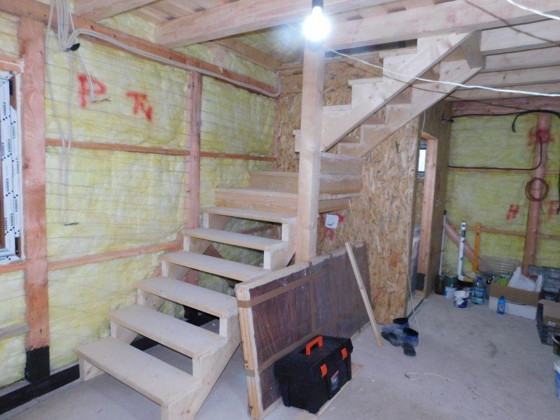 Scari interioare din lemn Casa traditionala din lemn Buzau