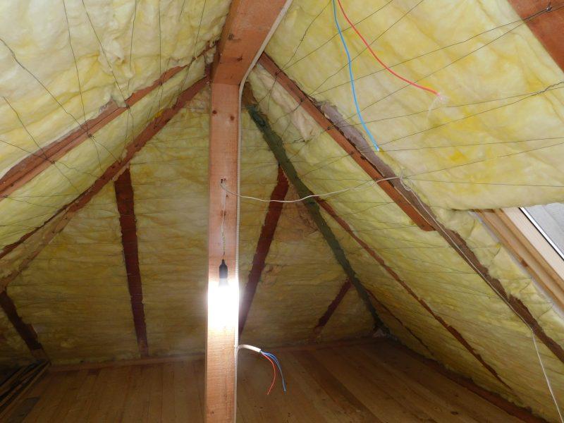 izolatie termica vata minerala interior Casa traditionala din lemn Buzau